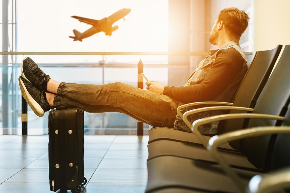 Are you a first time traveler with no ideal on how to prepare for your first flight? Here are tips for first time flyers to help you have an amazing first flight experience. #firstflyer #flighttips #nervousflyer #firsttimeonaplane
