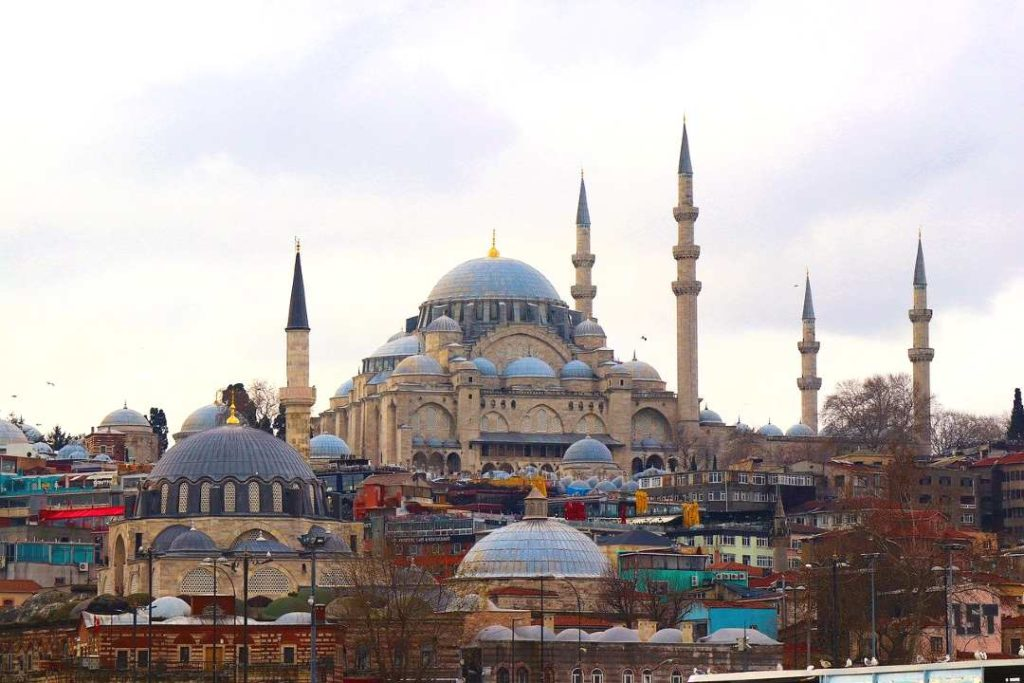 things to know before traveling to Istanbul