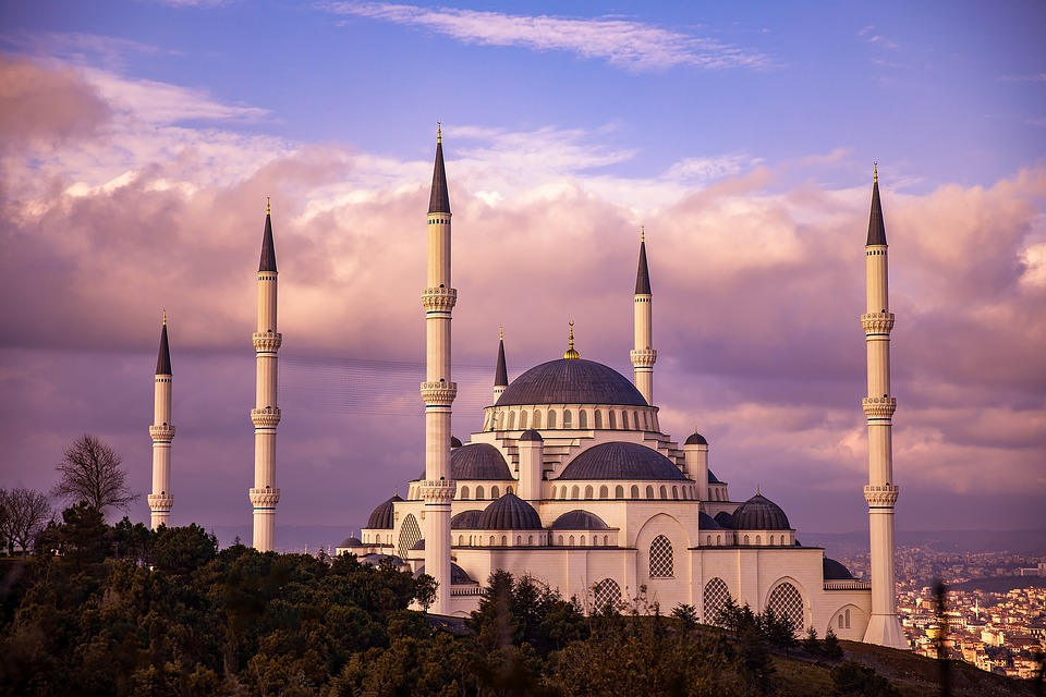 Is is safe to travel to Turkey? Here is everything you need to know about Turkey's safety. #safetyinturkey #Traveltoturkey