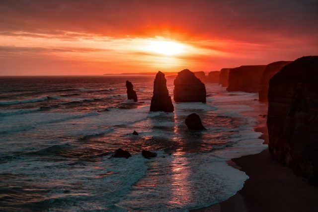 Driving to the great ocean road is one of the cool things to do in Australia