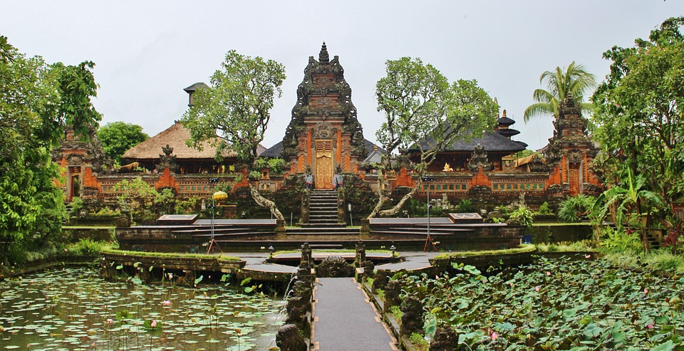10 Cheapest Asian countries to visit