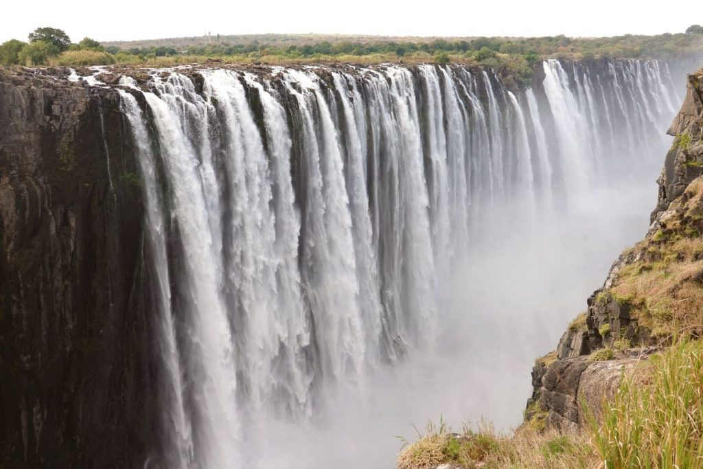 trip from botswana to victoria falls