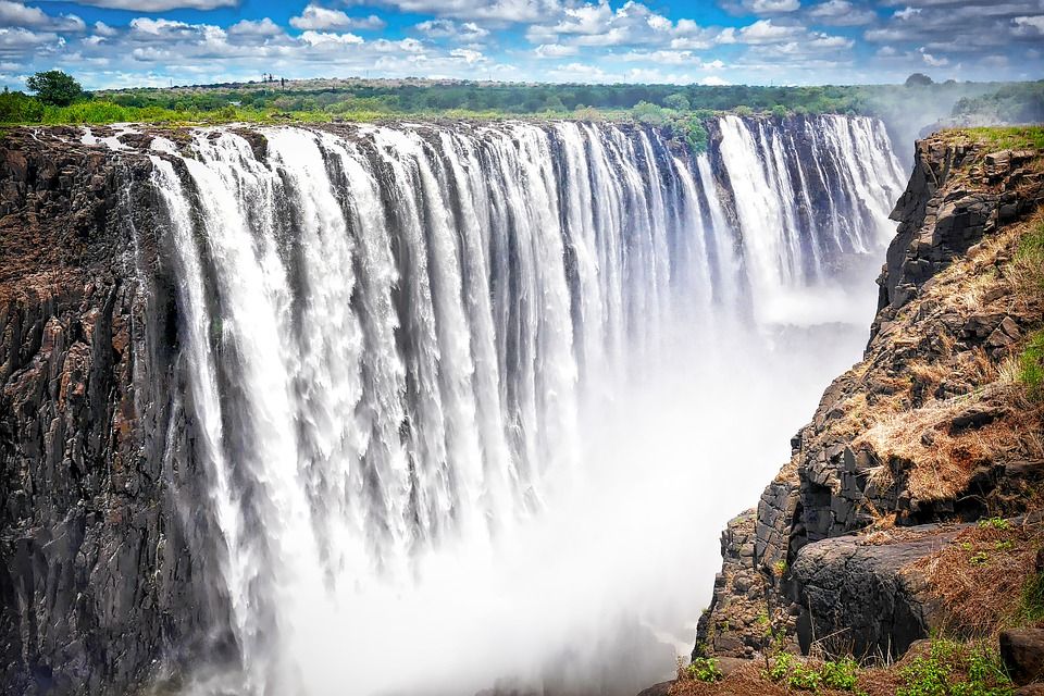 Victoria falls activities: 10 incredible things to do at Victoria falls