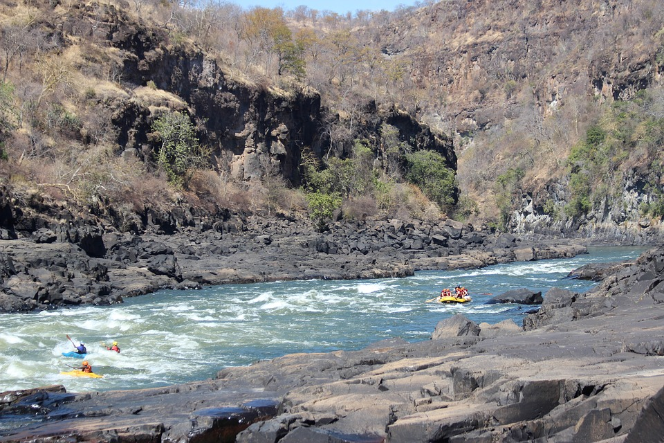rafting is one of the victoria falls activities to do