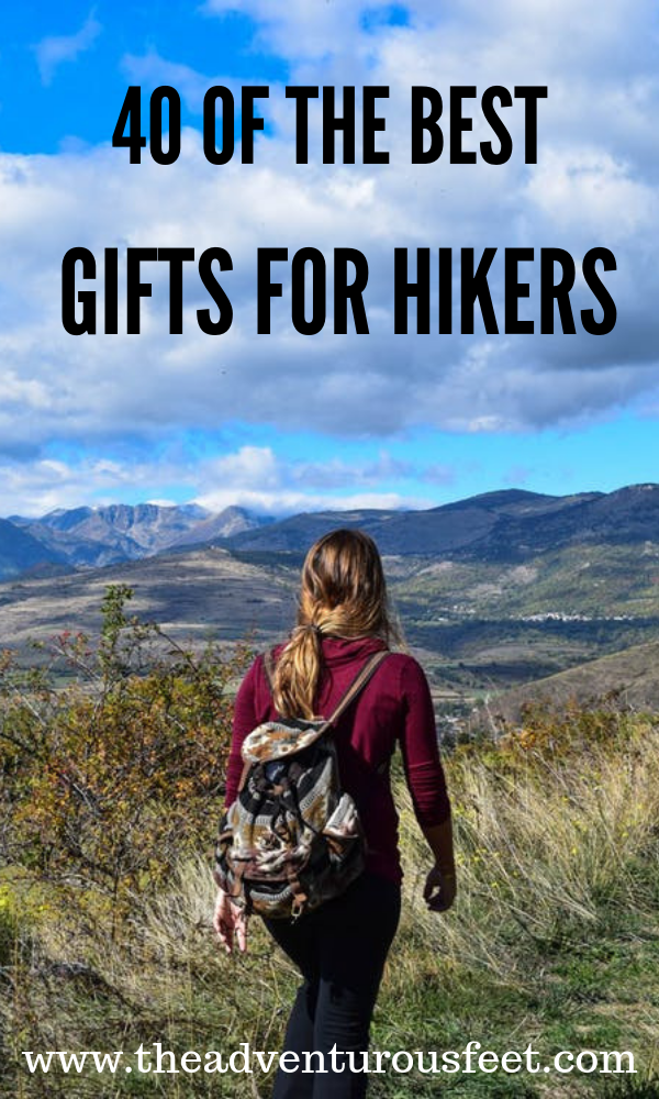 Want to gift your hiking friends? Here are the best gifts for hikers that they will actually love. |best gift ideas for hikers |gifts for hikers for women |gifts for hikers men|gifts for hikers and campers| #giftsforhikers #presentsforhikers