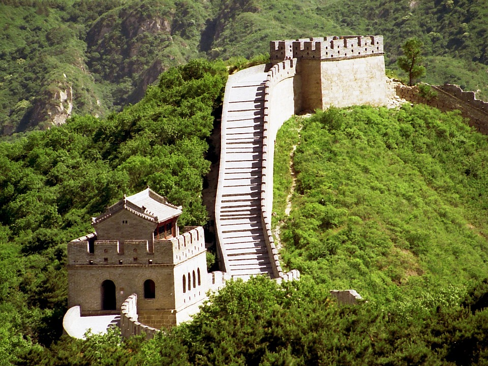 great wall of china-famous landmarks in china