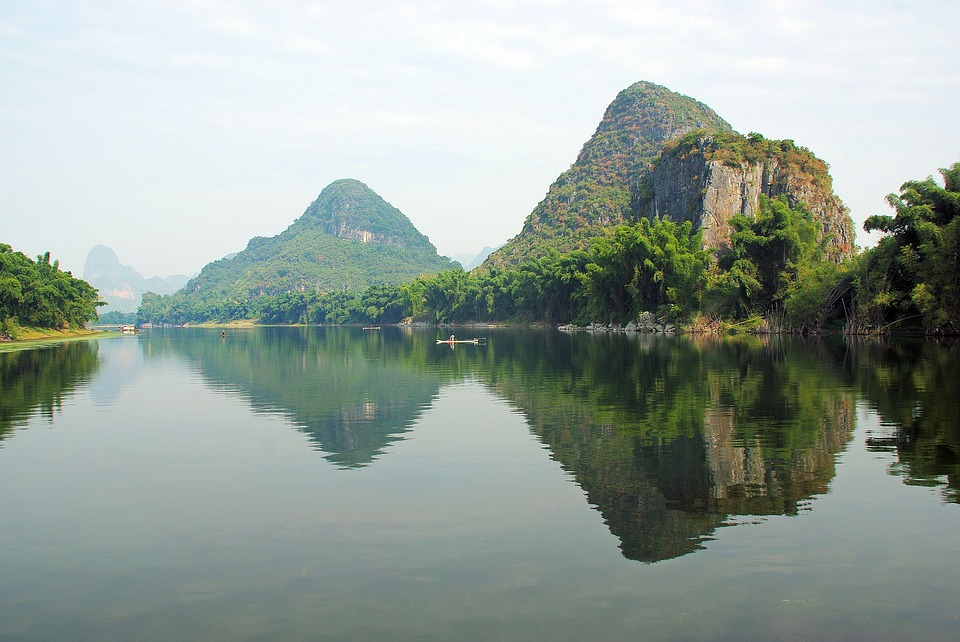 RIVER LI IS ONE OF THE CHINA LANDMARKS TO VISIT