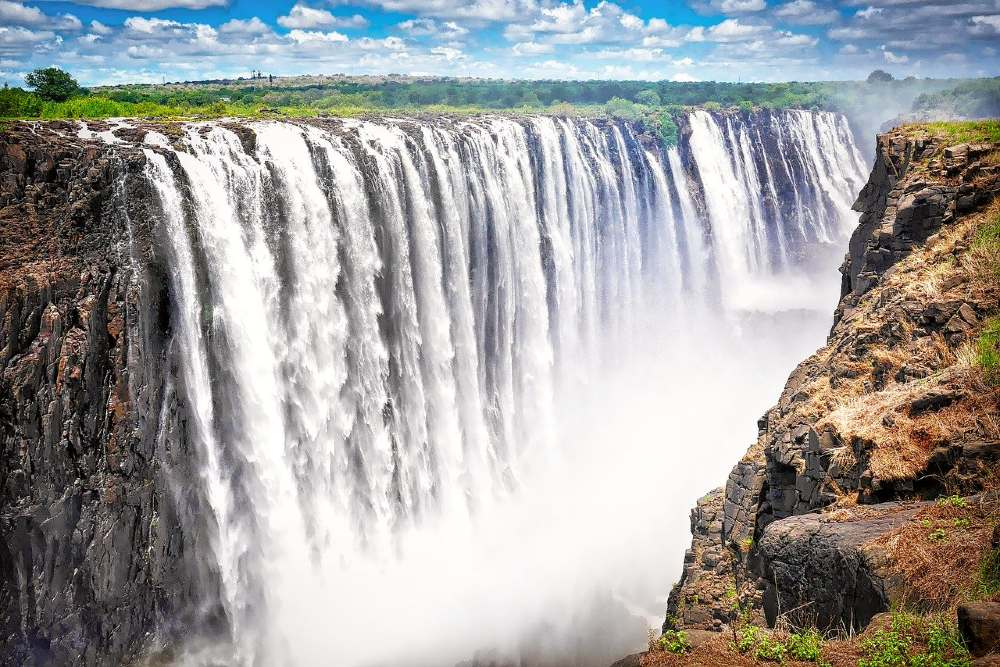 12 Essential Victoria Falls tips: Everything you should know to plan your trip