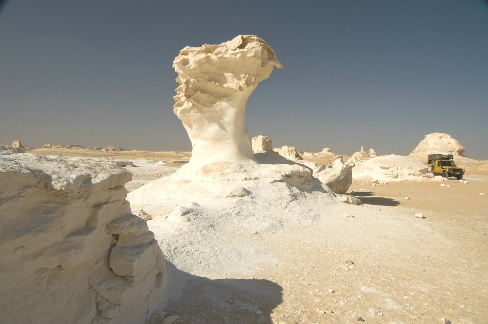 white desert -egypt landmark