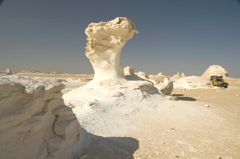 white desert -egypt landmark