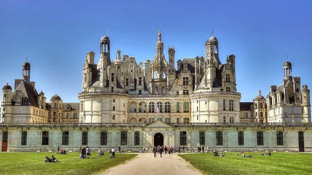 chateau de chambord is the biggest castle in loire valley