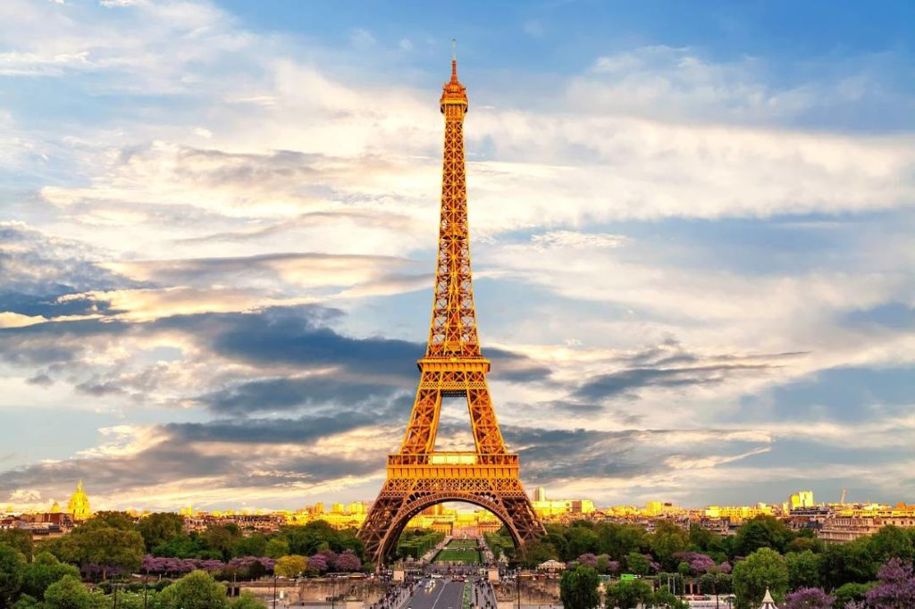 eiffel tower - one of the famous landmarks in Europe
