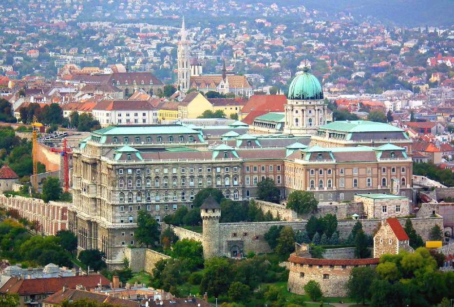best cities to visit in your twenties