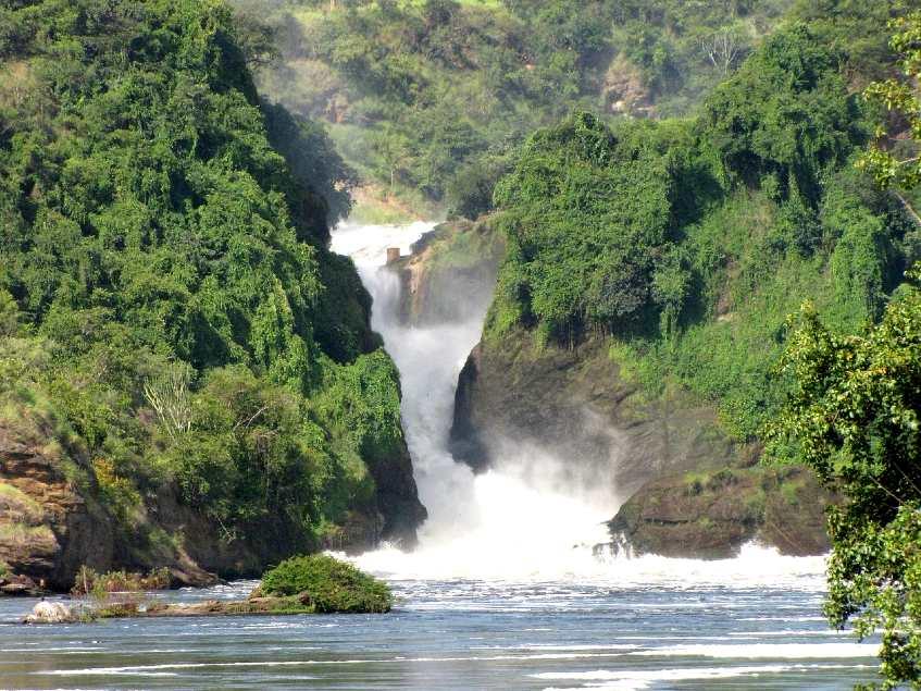 top tourist attractions in uganda