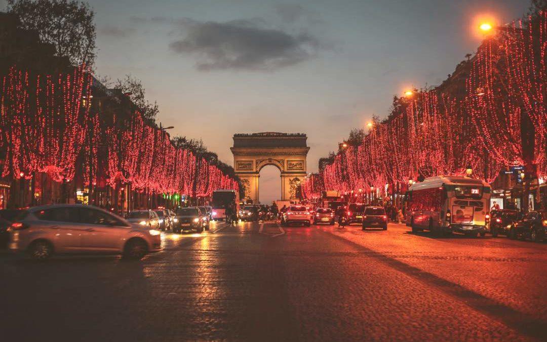 how paris celebrates christmas (1)
