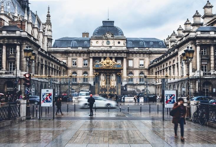 walking in wintry paris