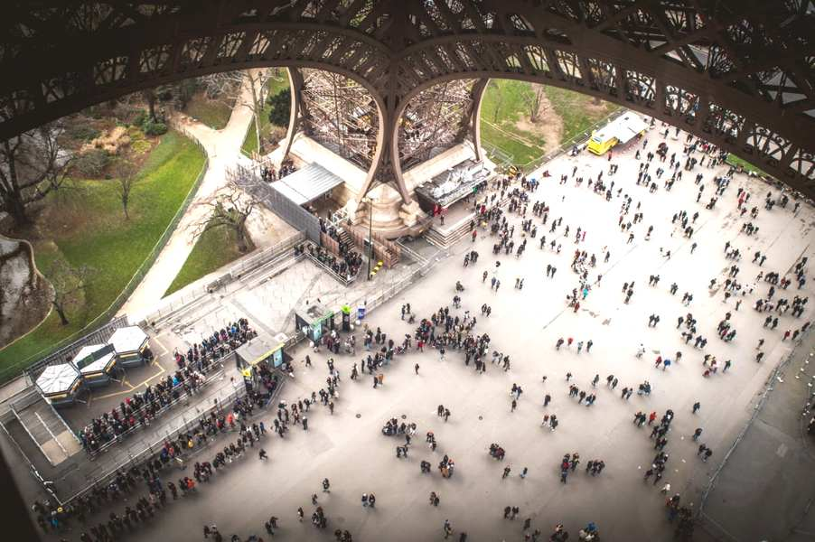 how to see the eiffel tower