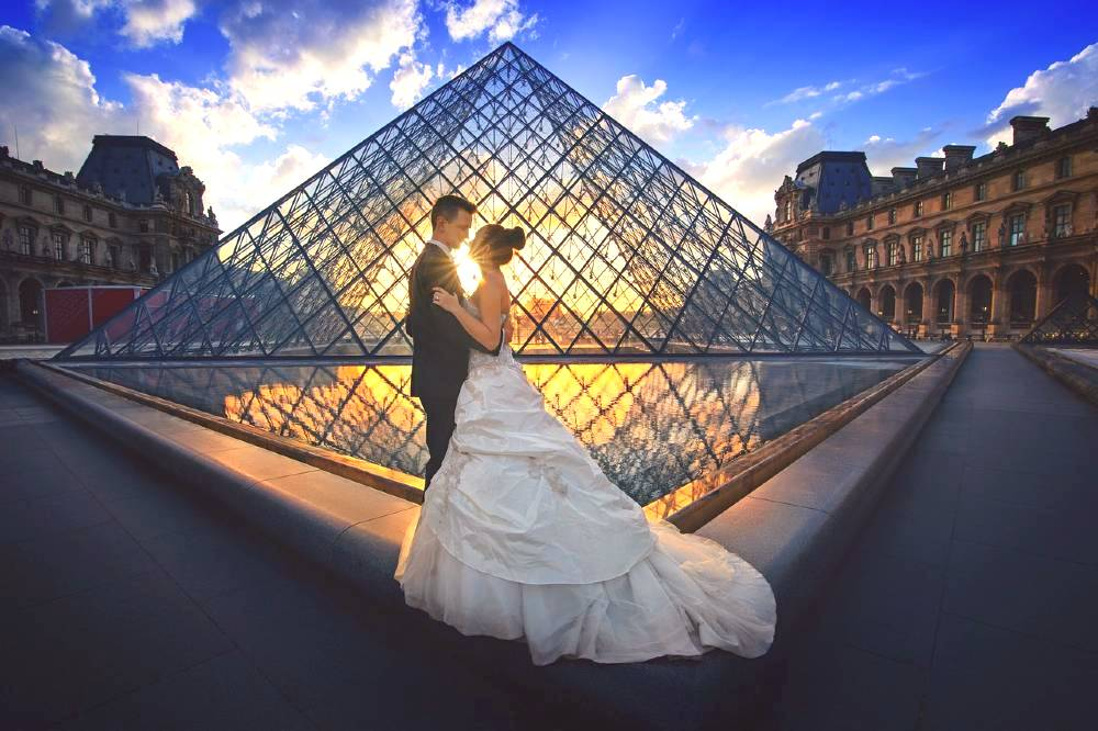 Traveling to the city of love? Here are the most romantic things to do in Paris