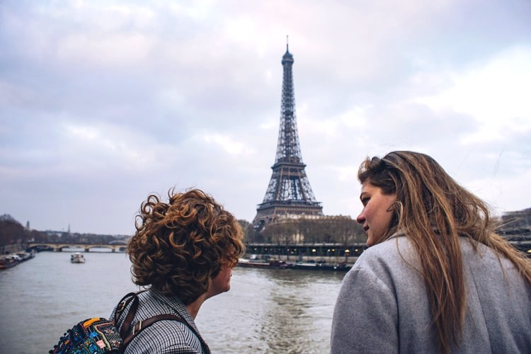 romantic activities for couples in Paris