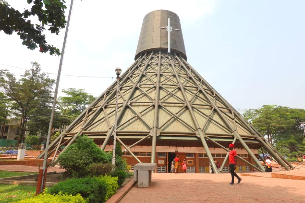 places to visit in kampala