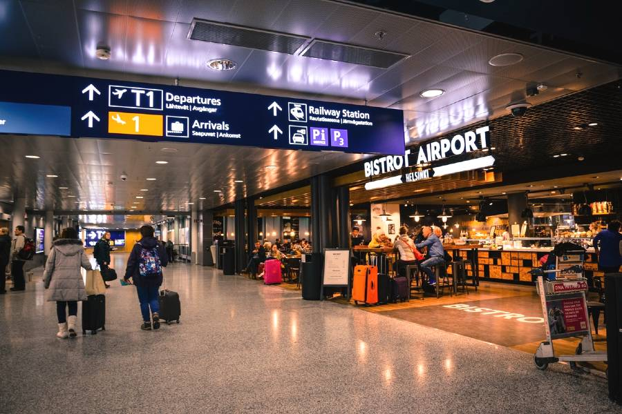 what to do during your airport layover