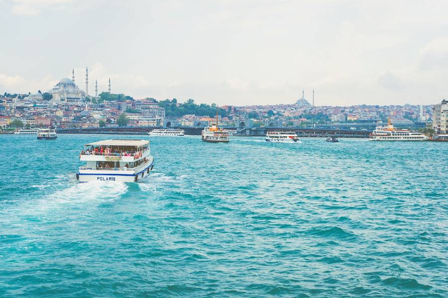 sail the bosphorus