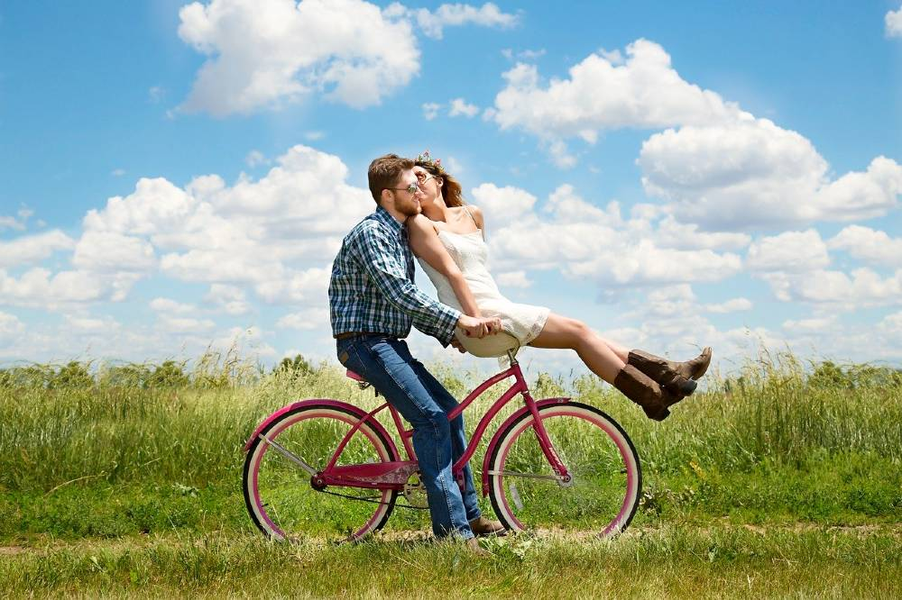 staycation ideas for couples